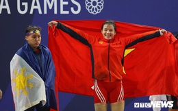 Phan Thị Hồng Thanh: Cô gái vàng bỏ du học, theo cử tạ, 20 tuổi vô địch SEA Games