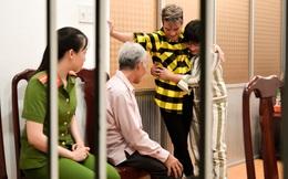Đàm Vĩnh Hưng tới trại giam hát và làm việc không ai ngờ, khiến phạm nhân thi hành án chung thân bật khóc