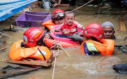24h qua ảnh: Lũ lụt khủng khiếp ở thủ đô của Indonesia