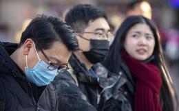 """""""Người TQ! Ra ngoài!"""": Khi thế giới đối mặt với ác mộng virus Vũ Hán, người TQ đang bị đối xử ra sao?"""