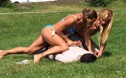 Nữ cảnh sát mặc bikini tung cước hạ gục tên trộm gây sửng sốt