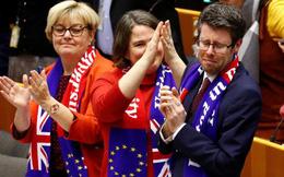 EU bịn rịn chia tay Anh trong nước mắt