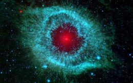 """""""Con mắt vĩ đại"""" của NASA khép lại: Nhìn lại chặng đường gần 17 năm của kính viễn vọng Spitzer"""