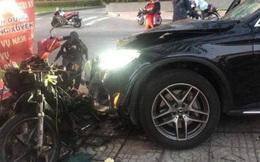 Tài xế xe sang Mercedes tông tài xế GrabBike tử vong, làm tiếp viên hàng không bị thương ở Sài Gòn trình diện