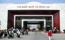 Gấp rút xây bệnh viện dã chiến đối phó vi rút corona ở cửa khẩu Móng Cái