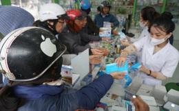 Người dân ở Nghệ An được tặng hàng nghìn khẩu trang y tế miễn phí phòng virus corona