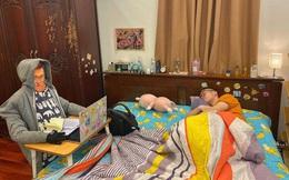 Học online để tránh dịch corona: Thanh niên chăm chú nhìn vào màn hình nhưng sự thật khiến tất cả ngao ngán