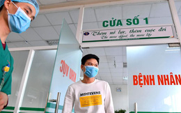 """Ảnh: Ngày xuất viện đáng nhớ của 3 bệnh nhân Vĩnh Phúc """"chiến thắng"""" nCoV"""