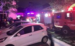 Cứu 7 người mắc kẹt trong khu nhà ở sinh viên bị cháy