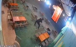 Nhóm thiếu niên dùng mã tấu chém người ở quán cà phê vì mâu thuẫn trong quán internet