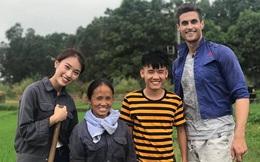Danh tính MC VTV ngoại quốc cao gần 2m, từng gây chú ý khi xuất hiện cùng Bà Tân Vlog