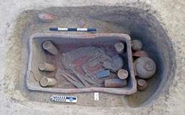 Phát hiện 83 mộ cổ trong quan tài đất sét ở Ai Cập