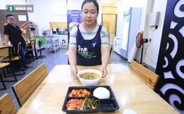 """""""Bữa ăn tồi tệ"""" của du khách Hàn bị cách ly: Suất ăn đó không phải của nhà hàng Đà Nẵng"""