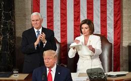 Ông Trump vừa kết thúc phát biểu, bà Pelosi xé bản Thông điệp Liên bang trong tay mình