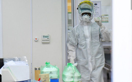 Người 'ngoài hành tinh' lo cơm ăn, nước uống cho bệnh nhân nhiễm virus Corona như thế nào?