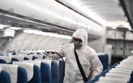 Tình trạng sức khỏe của 2 tổ bay Vietnam Airlines bị cách ly sau khi khách Trung Quốc nhiễm virus Corona