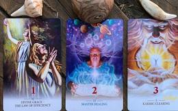Rút một lá bài Tarot để nhận thông điệp từ tương lai: Số 2 cho bạn năng lượng của vũ trụ