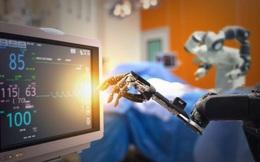 """Các bệnh viện tại Trung Quốc huy động thêm """"y tá robot"""" phân phát thuốc chống dịch corona"""