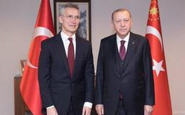 """Thổ Nhĩ Kỳ kêu gọi hỗ trợ cuộc chiến ở Syria, NATO """"lập lờ nước đôi"""""""