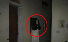 """Đi ăn đêm về, thanh niên """"đứng hình"""" khi thấy vật thể lạ trước cửa phòng trọ"""