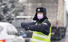 Trung Quốc khôi phục giao thông, gỡ bỏ hàng chục nghìn trạm kiểm dịch