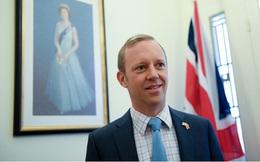 Đại sứ Anh gửi lời cảm ơn tới các y bác sĩ và chính phủ Việt Nam