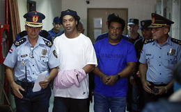 Tòa án gạt phăng món tiền 37 tỷ, Ronaldinho ngậm ngùi tiếp tục ngồi trong nhà giam