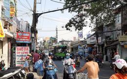 Va chạm với xe buýt, cô gái trẻ bị cán nát đôi chân ở Sài Gòn