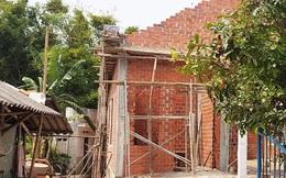 Sập giàn giáo khiến 2 thợ xây nhà thương vong
