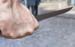 Mâu thuẫn trong lúc đánh bài ăn tiền, người đàn ông đâm 1 người tử vong, 2 người bị thương Sài Gòn