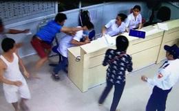 Bảo vệ đồng nghiệp, bác sỹ trẻ bị nhóm côn đồ cầm gậy gỗ, vợt cầu lông đánh nhập viện