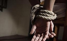 Nhóm giang hồ bắt cóc nam thanh niên lên xe ô tô rồi giam giữ, đánh đập vì nghi ngờ trộm 4 con gà