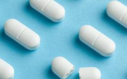 Uống 15 viên thuốc sốt rét để phòng bệnh Covid-19, một người ngộ độc nguy kịch