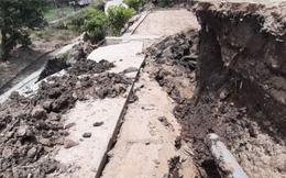 Mặt đường ở Cà Mau bất ngờ sụt lún, hai người bị xây xát