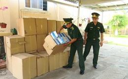 Biên phòng bắt lô hàng 50.000 khẩu trang xuất lậu sang Campuchia