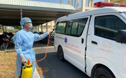 [TIN VUI]  Gia đình và các bác sĩ đều rất vui mừng khi nhận kết quả âm tính lần 1 của hai bệnh nhân 61 và 67 ở Ninh Thuận