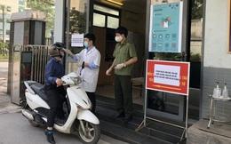 Dịch Covid-19 ngày 25/3: Bộ Nội vụ cấm công chức nhận đồ cá nhân tại nơi làm việc; Cụ bà 78 tuổi đạp xe lên xã xin ủng hộ 1 triệu đồng