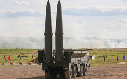 """Hệ thống tên lửa Iskander-M phá hủy mục tiêu của """"địch"""""""