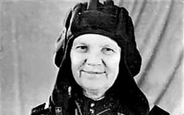 Nữ nông trang viên Xô Viết 'đóng giả' nam giới để được đi chiến đấu