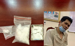 Cảnh sát cơ động bắt đối tượng vận chuyển ma túy tại Hà Nội