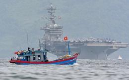 ẢNH: Tàu sân bay Mỹ tiến vào Đà Nẵng