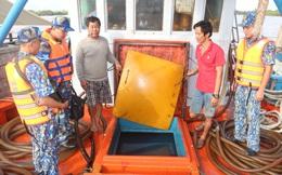 Bộ Tư lệnh vùng CSB 4 bắt giữ tàu chở hàng chục ngàn lít dầu D.O không rõ nguồn gốc