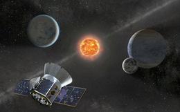 Hình ảnh mới nhất của vật thể lạ quay quanh Trái Đất