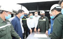 Giải cứu 6 công nhân mắc kẹt 15 tiếng đồng hồ trong lò than ở Quảng Ninh