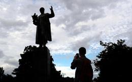 Tượng đài Nguyên soái lừng danh Liên Xô bị xúc phạm: Nga lập tức điều tra hình sự
