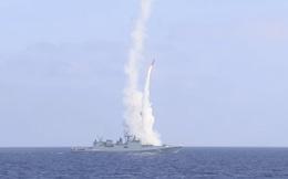 NÓNG: 2 tàu chiến mang tên lửa Kalibr hiện đại nhất của Nga bị phong tỏa - Ngay lập tức