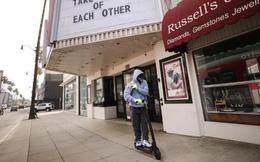 Vì sao người da màu ở Mỹ ngần ngại đeo khẩu trang tự chế ở nơi công cộng?