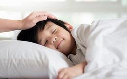 3 việc bố mẹ nên làm trước giờ con ngủ 1 tiếng, trẻ nhỏ lớn lên sẽ hưởng lợi suốt đời