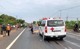 Đối đầu với xe cứu thương, 1 người tử vong