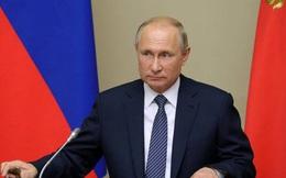Thế không lùi bước trước sức ép và khả năng đặc biệt đưa TT Putin đứng vững trong cuộc khủng hoảng giá dầu